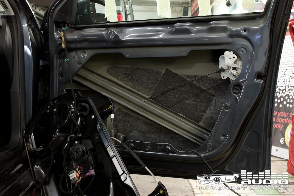 TLMENIE ODHLUCNUNIE REPRODUKTORY VW PASSAT B7 STP GROUND ZERO 2508