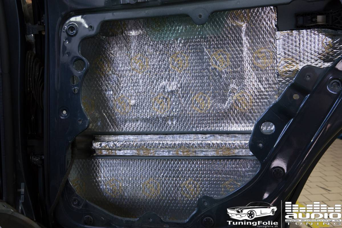 REPRODUKTORY TLMENIE ODHLUCNENIE SUBWOOFER AUTORADIO ZOSILNOVAC VW POLO 6305