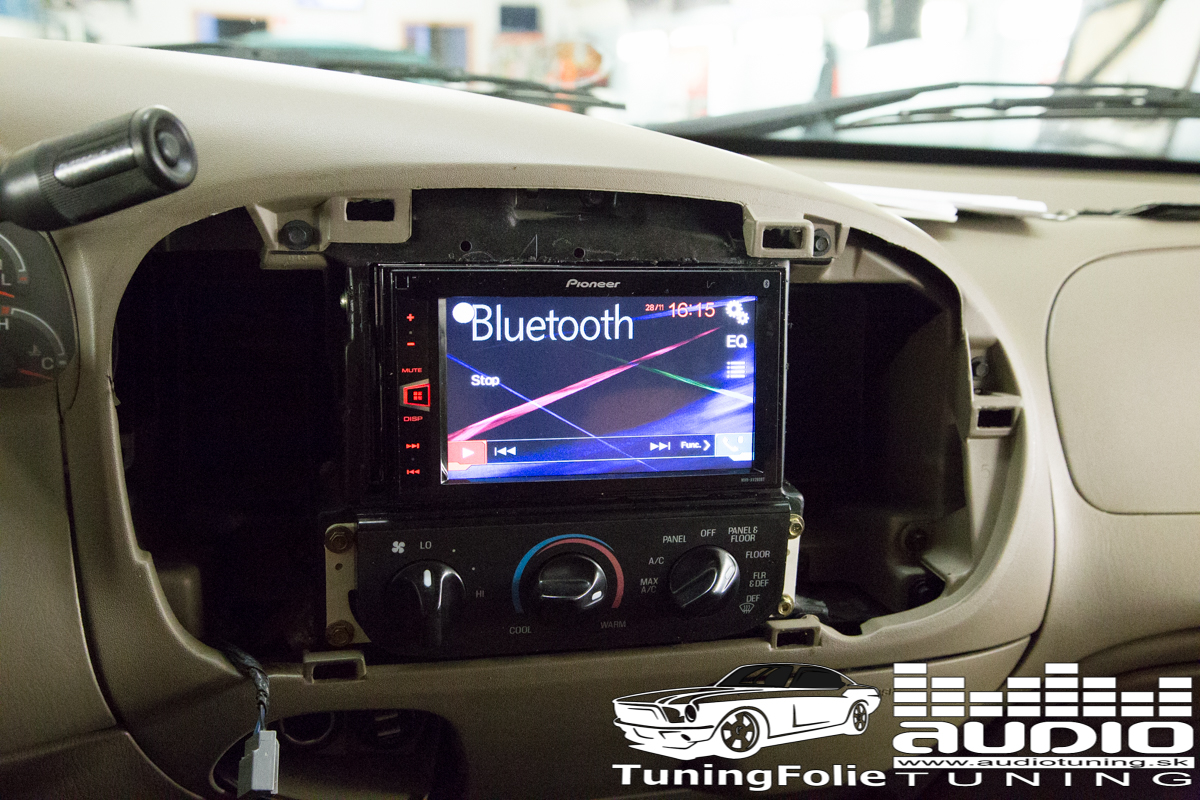 MULTIMEDIA PIONEER: FORD F150