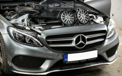 Mercedes Benz C montáž tlmenia, subwooferu a zosilňovača