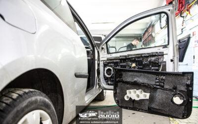 Tlmenie a odhlučnenie dvere Renault Clio