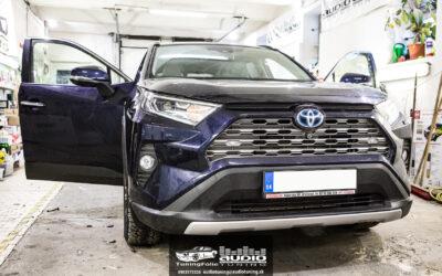 Výmena reproduktorov tlmenie Toyota RAV 4 Hybrid