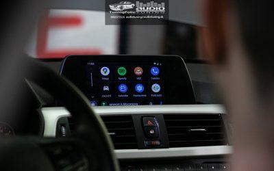 VIDEO CARPLAY ANDROID AUTO PARKOVACIA KAMERA BMW 318D