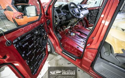 Kompletka VW MULTIVAN T5 FOCAL.