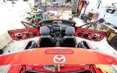 Ozvučenie Mazda MX5.